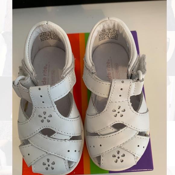 Stride Rite Other - Girls sandals